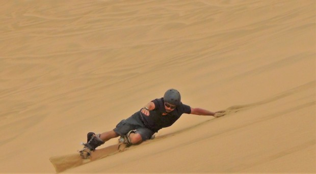 Sandboarding 8